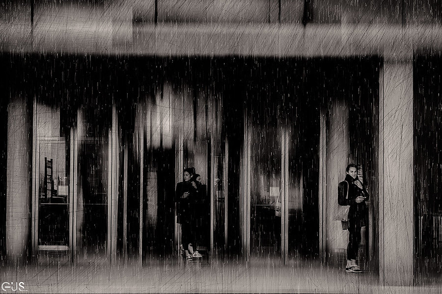 Rain | D-LUX SUMMILUX VARIO 24-75 1.7 ASPH <br> Click image for more details, Click <b>X</b> on top right of image to close