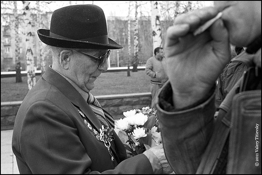 Victory Day - May 9 | LEICA SUMMICRON 35MM F2 ASPH <br> Click image for more details, Click <b>X</b> on top right of image to close