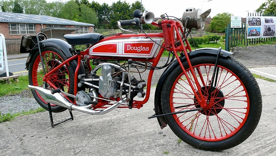 1928 Douglas 350cc | DC VARIO-ELMARIT 28-112MM  F/2.8-8.0 <br> Click image for more details, Click <b>X</b> on top right of image to close