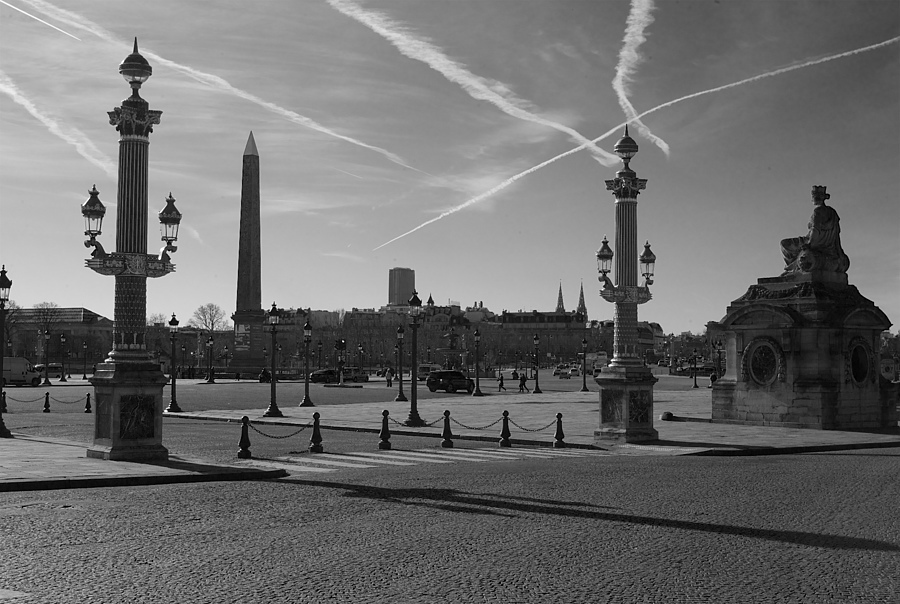 Paris ,Concord | LEICA SUMMARON 35MM F/2.8 <br> Click image for more details, Click <b>X</b> on top right of image to close