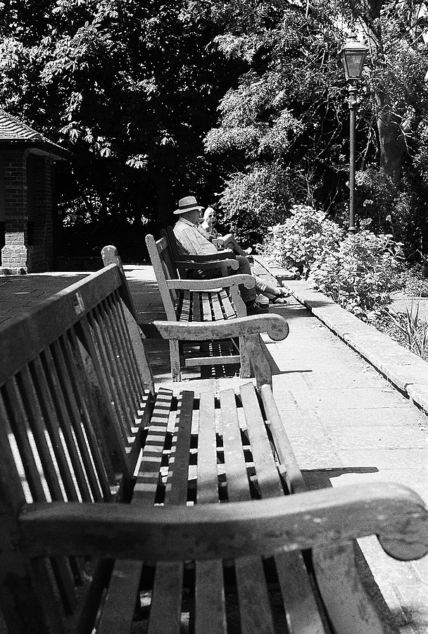 Benches | LEICA SUMMARON 35MM F/3.5 <br> Click image for more details, Click <b>X</b> on top right of image to close