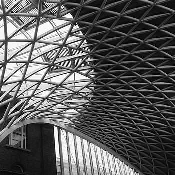 Kings Cross station | LEICA SUMMARON 35MM F2.8