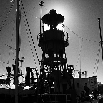 Light Ship | DC VARIO-ELMARIT 28-112MM  F/2.8-8.0