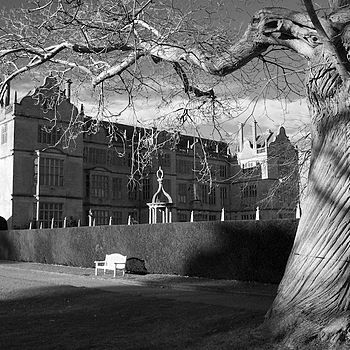 Montacute House | CV 25MM / F 4.0 COLOR SKOPAR PANCAKE <br> Click image for more details, Click <b>X</b> on top right of image to close