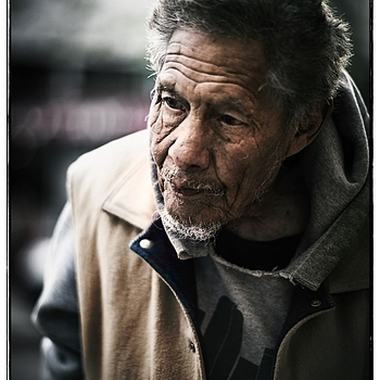 the angry salesman | LEICA SUMMILUX  75MM F/1.4 <br> Click image for more details, Click <b>X</b> on top right of image to close
