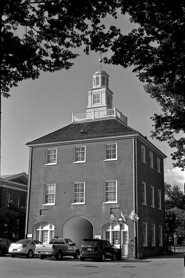 New Castle, Delaware (Leica III) | LENS MODEL NOT SET <br> Click image for more details, Click <b>X</b> on top right of image to close