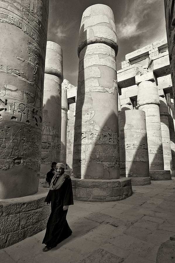 The Halls of Luxor | LEICA TRI-ELMAR 16-18-21MM F4 ASPH <br> Click image for more details, Click <b>X</b> on top right of image to close