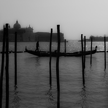 Venezia 2011 | LEICA SUMMICRON 50MM F2 <br> Click image for more details, Click <b>X</b> on top right of image to close
