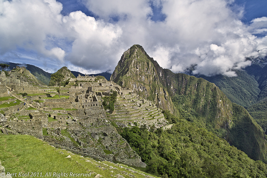 Overview Temple Complex, Machu Picchu, Peru | LEICA ELMARIT 21MM F2.8 ASPH <br> Click image for more details, Click <b>X</b> on top right of image to close