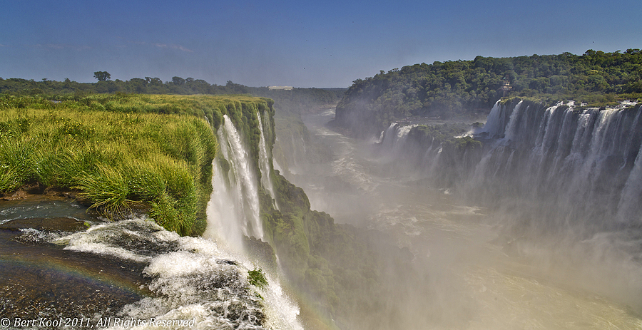Iguazú Waterfalls, Argentina | LEICA ELMARIT 21MM F2.8 ASPH <br> Click image for more details, Click <b>X</b> on top right of image to close