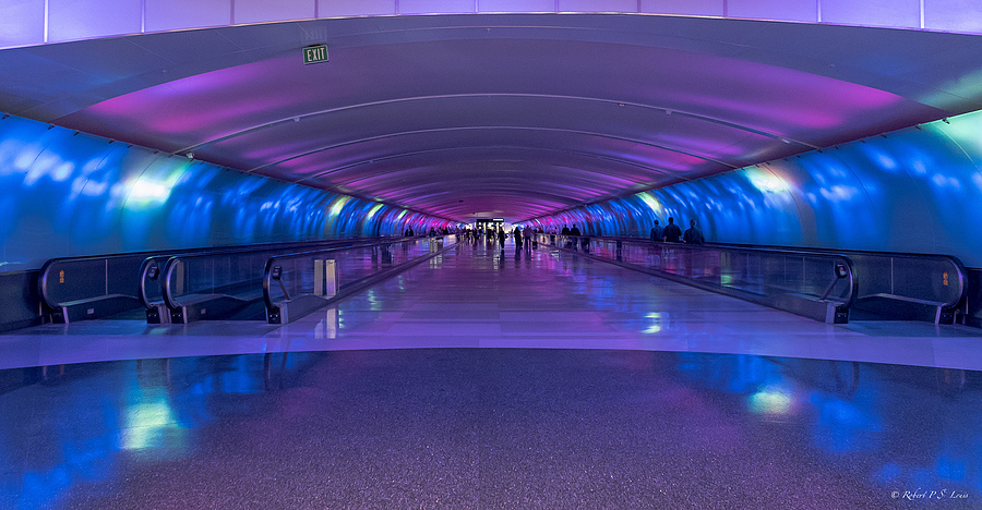 Detroit Airport Terminal Corridor | LENS MODEL NOT SET <br> Click image for more details, Click <b>X</b> on top right of image to close
