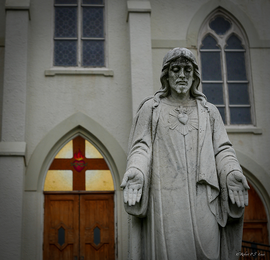 The Sacred Heart, NY | LENS MODEL NOT SET <br> Click image for more details, Click <b>X</b> on top right of image to close