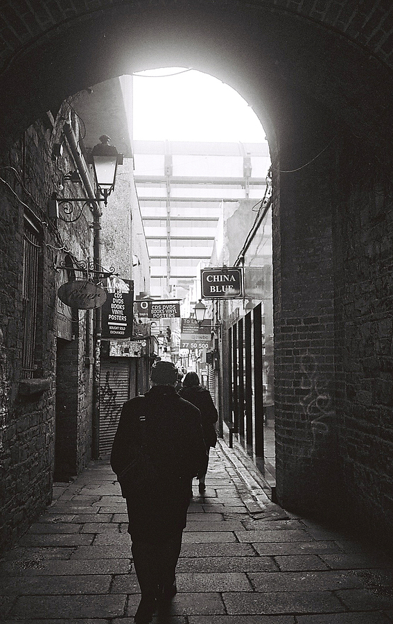 temple bar dublin | LEICA ELMAR 35MM F3.5 <br> Click image for more details, Click <b>X</b> on top right of image to close