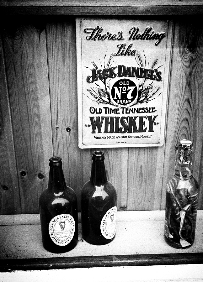 jack daniels | LEICA ELMAR 35MM F3.5 <br> Click image for more details, Click <b>X</b> on top right of image to close