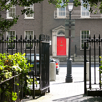 red door | LENS MODEL NOT SET <br> Click image for more details, Click <b>X</b> on top right of image to close