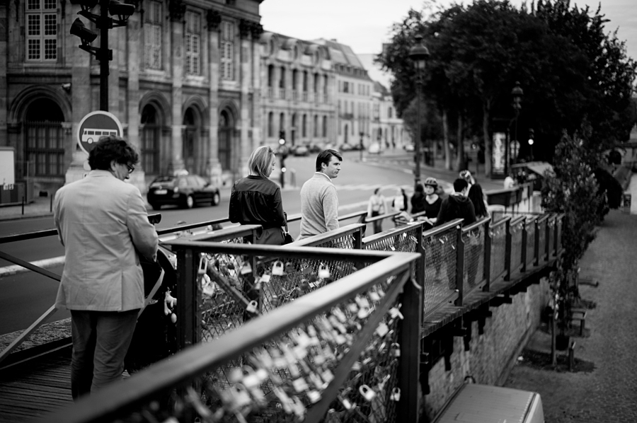 Paris vibe | LEICA SUMMILUX 35MM F1.4 ASPH <br> Click image for more details, Click <b>X</b> on top right of image to close