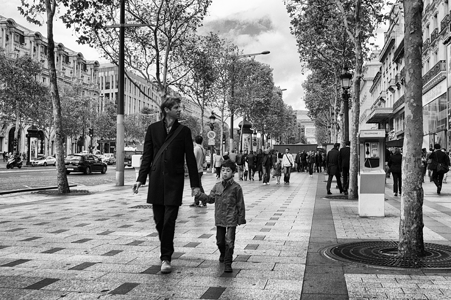 A french father and son | LEICA 21MM SUPER-ELMAR-M F/ 3.4 ASPH LENS <br> Click image for more details, Click <b>X</b> on top right of image to close
