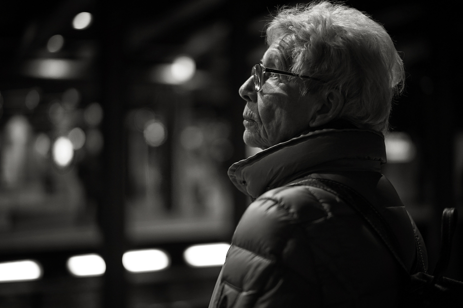 leicaimages.com gallery | Subway portrait | Leica SUMMILUX 50mm f1.4 ASPH | ILCE-7M2