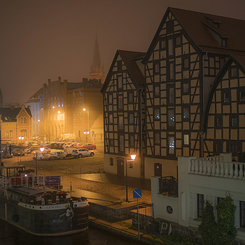 Bydgoszcz in November | LEICA SUMMILUX 35MM F1.4 ASPH <br> Click image for more details, Click <b>X</b> on top right of image to close