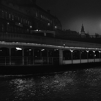 Bateau mouches, Seine | LENS MODEL NOT SET <br> Click image for more details, Click <b>X</b> on top right of image to close