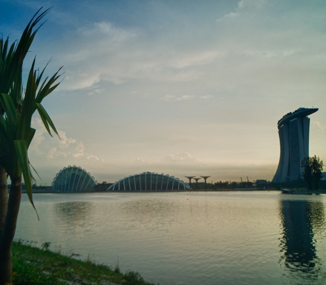 S'pore's Lock Ness Monster!! | LEICA SUPER ANGULON  21MM F4 <br> Click image for more details, Click <b>X</b> on top right of image to close