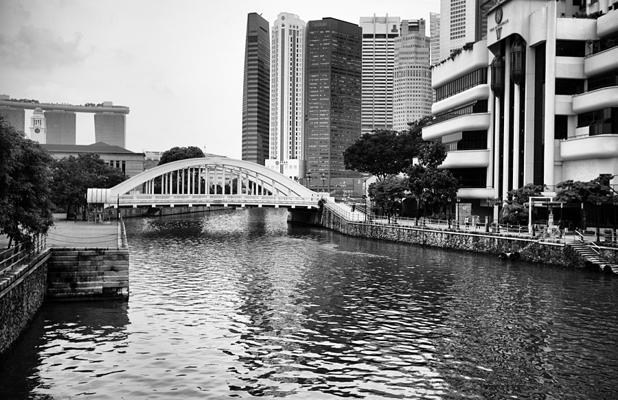 Singapore River | LEICA SUMMARON 35MM F/3.5 <br> Click image for more details, Click <b>X</b> on top right of image to close