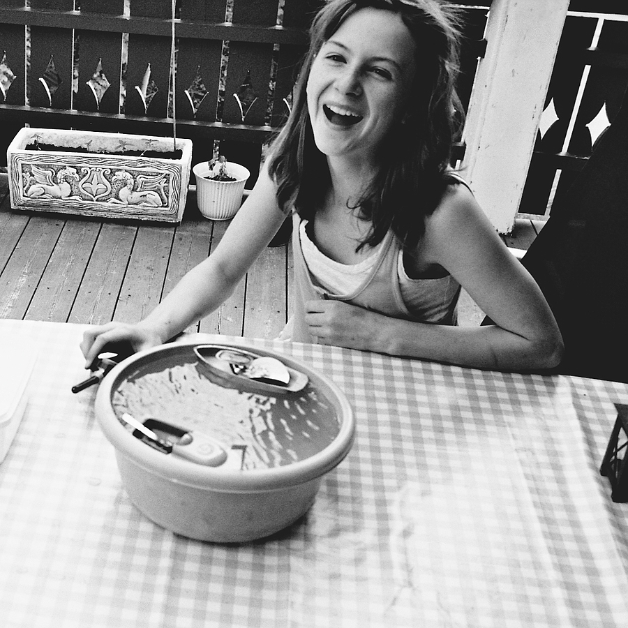 Steamboat laugh | LEICA SUMMICRON 50MM F2 <br> Click image for more details, Click <b>X</b> on top right of image to close