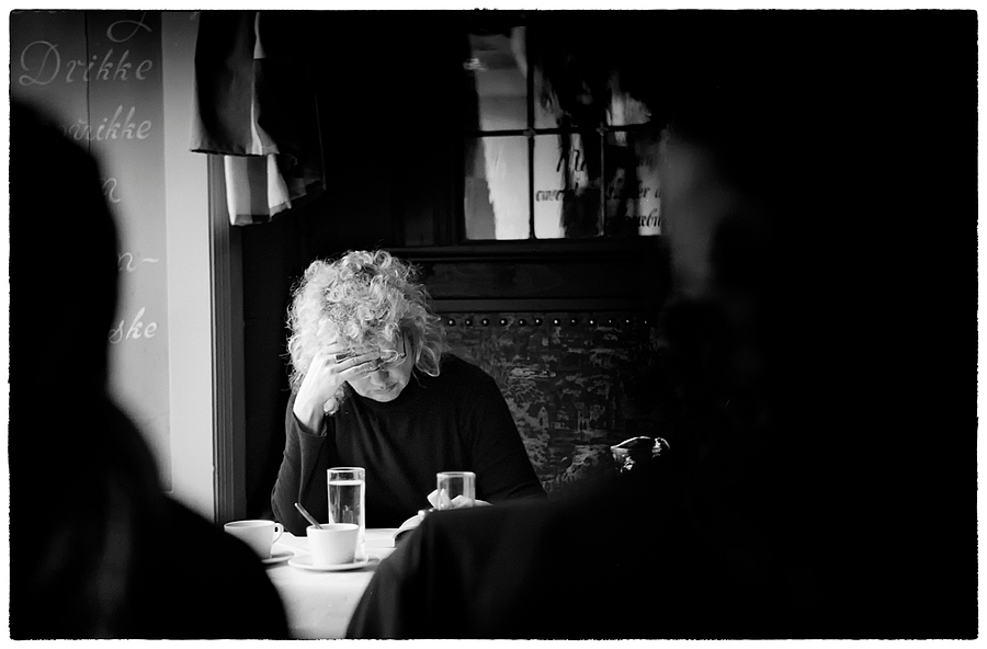 The Reader | SUMMILUX-M 1:1.4/50 ASPH <br> Click image for more details, Click <b>X</b> on top right of image to close