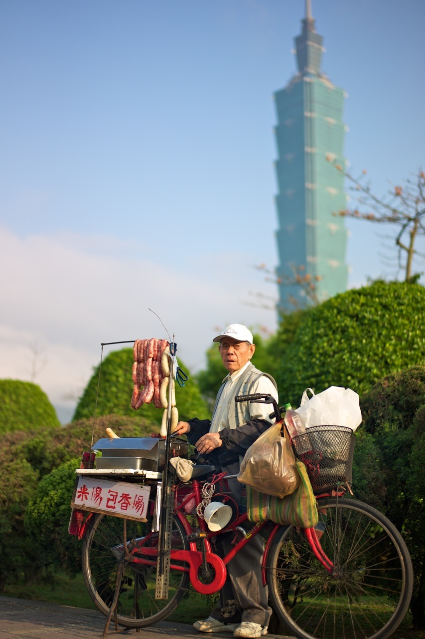 Traditional Taiwan sausage seller | SUMMILUX-M 1:1.4/50 ASPH <br> Click image for more details, Click <b>X</b> on top right of image to close