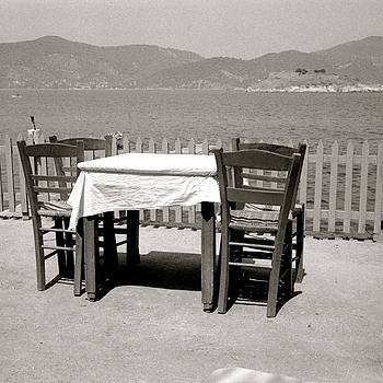 Taverna in summer | LENS MODEL NOT SET <br> Click image for more details, Click <b>X</b> on top right of image to close
