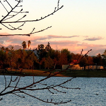 Autumn at Lake Balboa | LENS MODEL NOT SET <br> Click image for more details, Click <b>X</b> on top right of image to close