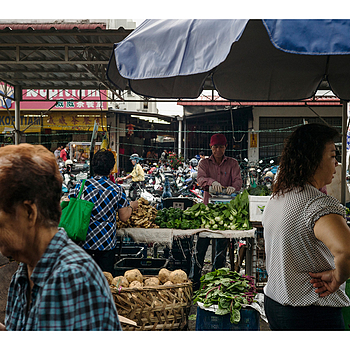 Wet market in Kg Bercham ::: Ipoh | LEICA SUMMILUX 50MM F/1.4 PRE ASPH (E46) <br> Click image for more details, Click <b>X</b> on top right of image to close