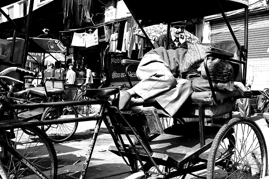 Sleeping Rickshaw Driver Delhi | LEICA SUMMICRON 28MM F2 ASPH <br> Click image for more details, Click <b>X</b> on top right of image to close