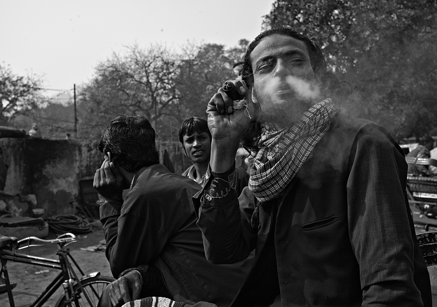Smoking Weed Delhi Style | LEICA SUMMILUX 35MM F1.4 ASPH <br> Click image for more details, Click <b>X</b> on top right of image to close