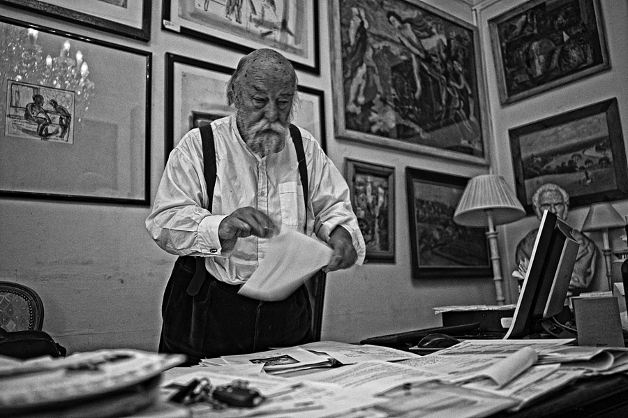 A study of Roy Ackerman | LEICA SUMMICRON 28MM F2 ASPH <br> Click image for more details, Click <b>X</b> on top right of image to close