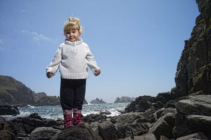 Ava Rocks | LEICA SUMMICRON 28MM F2 ASPH <br> Click image for more details, Click <b>X</b> on top right of image to close