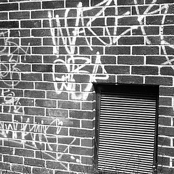 Graffitti. | LEICA SUMMAR 50MM F2 <br> Click image for more details, Click <b>X</b> on top right of image to close