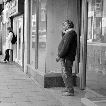 Doorway Talkers | LEICA 35MM F1.4 SUMMILUX <br> Click image for more details, Click <b>X</b> on top right of image to close