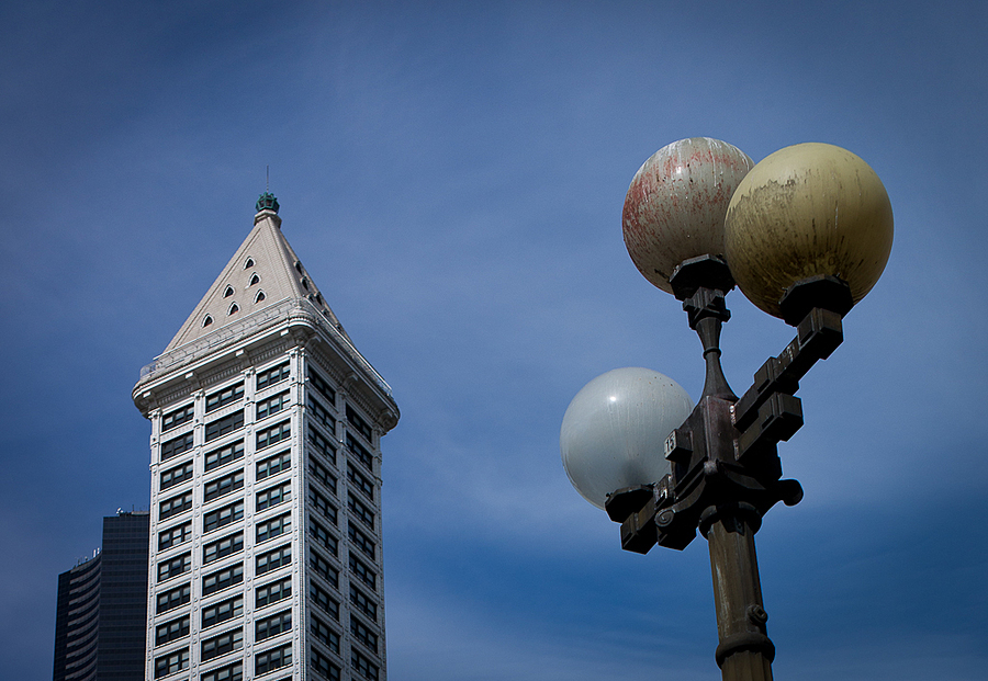 Lamp with Smith Tower | LEICA SUMMICRON 35MM F2 ASPH <br> Click image for more details, Click <b>X</b> on top right of image to close