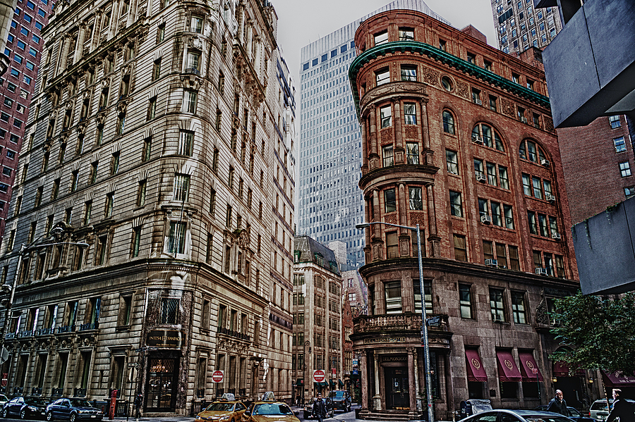 Delmonico's | LEICA ELMARIT 28MM F2.8 ASPH <br> Click image for more details, Click <b>X</b> on top right of image to close