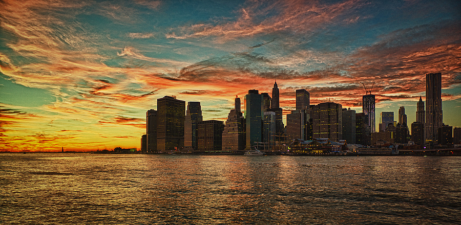 NY Sunset | ZEISS ZM BIOGON T* F2.8 21MM <br> Click image for more details, Click <b>X</b> on top right of image to close