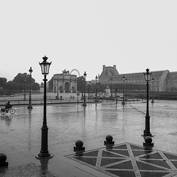 Rainy Day, Paris | LENS MODEL NOT SET