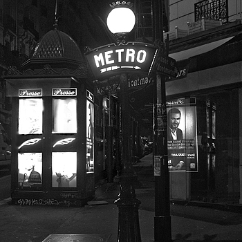 Metro | X1 ELMARIT 24MM F/2.8 ASPH <br> Click image for more details, Click <b>X</b> on top right of image to close