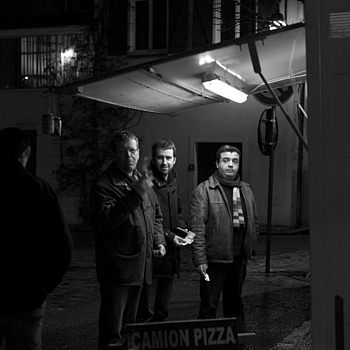 pizza line | LEICA SUMMICRON 35MM F2. <br> Click image for more details, Click <b>X</b> on top right of image to close