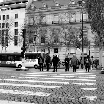 People Crossing. | X1 ELMARIT 24MM F/2.8 ASPH <br> Click image for more details, Click <b>X</b> on top right of image to close