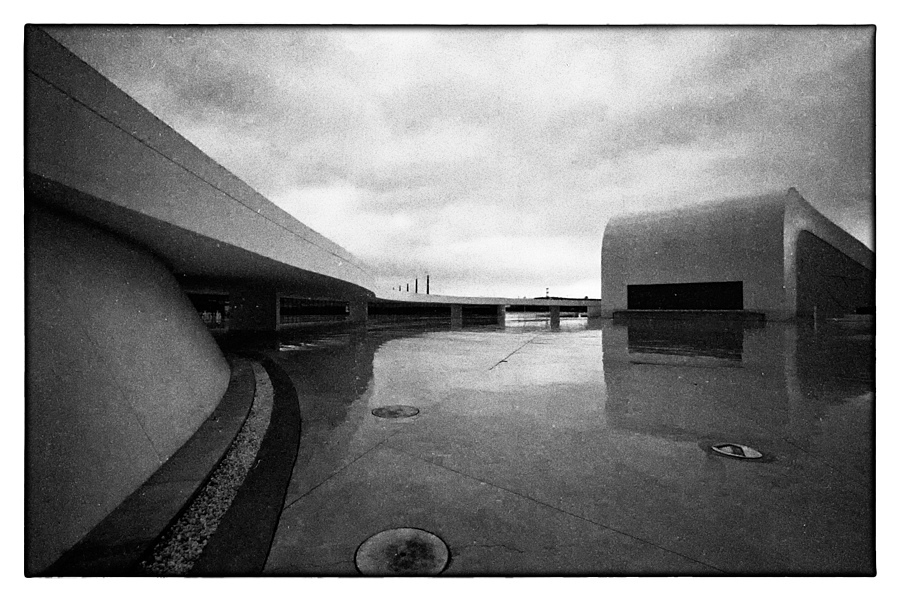 NIEMEYER 3 | LEICA SUMMARIT 35MM F2.5 <br> Click image for more details, Click <b>X</b> on top right of image to close