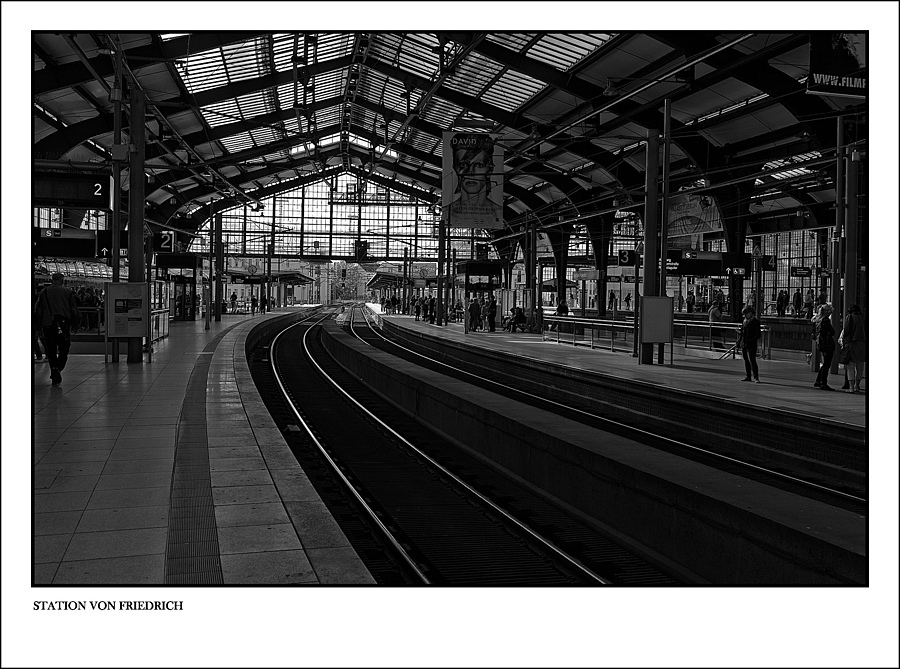 STATION VON FRIEDRICH | LEICA SUMMARIT 35MM F2.5 <br> Click image for more details, Click <b>X</b> on top right of image to close