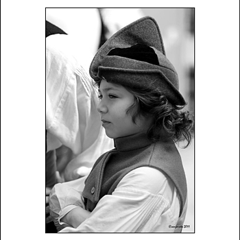 SMALL PIPER | LEICA SUMMARIT 35MM F2.5 <br> Click image for more details, Click <b>X</b> on top right of image to close