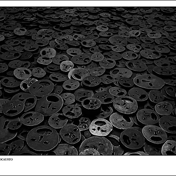 LA VOZ DEL HOLOCAUSTO | LEICA SUMMICRON-C 40MM F/2 <br> Click image for more details, Click <b>X</b> on top right of image to close