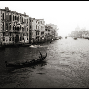 GRAND CANAL | LEICA ELMARIT 21MM F2.8 ASPH